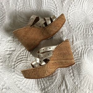 BORN Cork Wedge Sandals Gold Leather Cross Strap 8